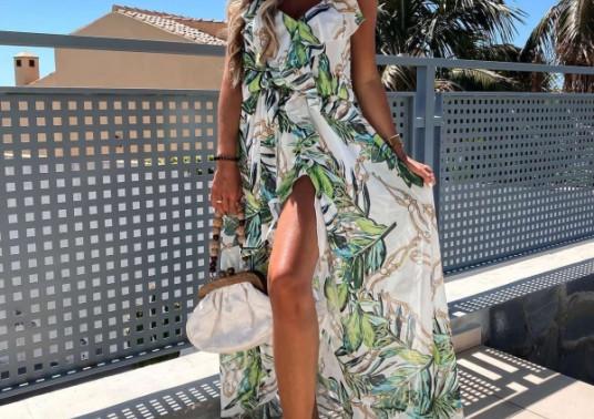 Φλοράλ μάξι φόρεμα από τη συλλογή της Amelies