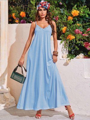 Γαλάζιο μάξι φόρεμα με βολάν από τη συλλογή της Amelies