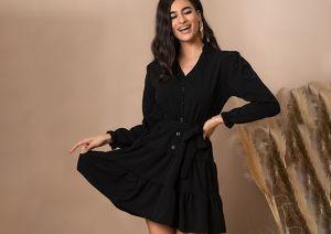 Μαύρο γυναικείο φόρεμα από την κολεξιόν της Amelies
